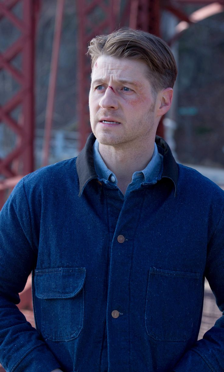 Gotham 2x16 - James Gordon (Ben McKenzie)