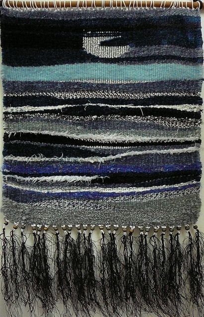 this is similar to what I'm wanting to do with my blue multi-texture yarn