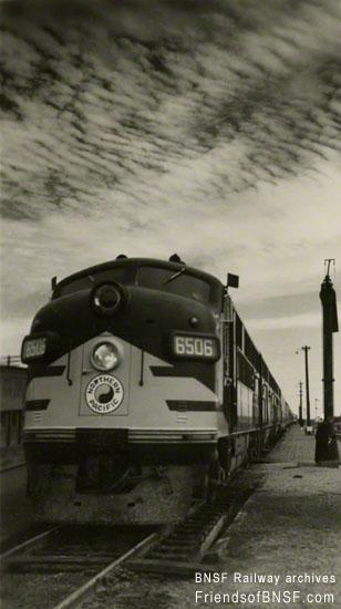 119 best railroads of the usa images on pinterest train for Electro motive division of general motors