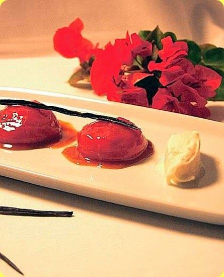Pomodoro farcito ai frutti dei Presidi.   Ingredienti: per 10 persone      250 g di gelato alla crema profumato con menta fresca     5 dl di succo d'arancia fresco     8 pomodori...