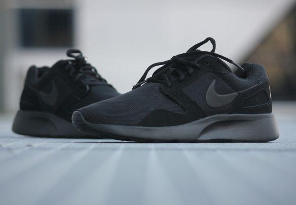 Nike Kaishi Run 'Triple Black' (1)