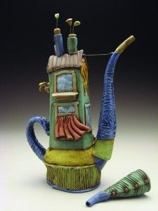 Would fit right in with my teapot collection. Although shapewise, I think it's actually a coffee pot.