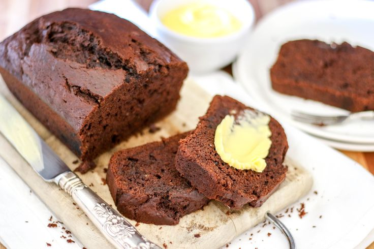 Chocolate Banana Bread | The Secret Life of Bee by @dvsbia001