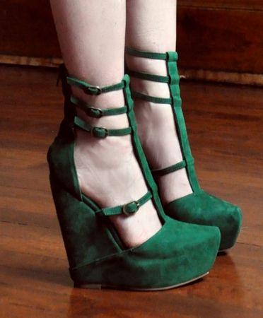 Green suede platform sandal
