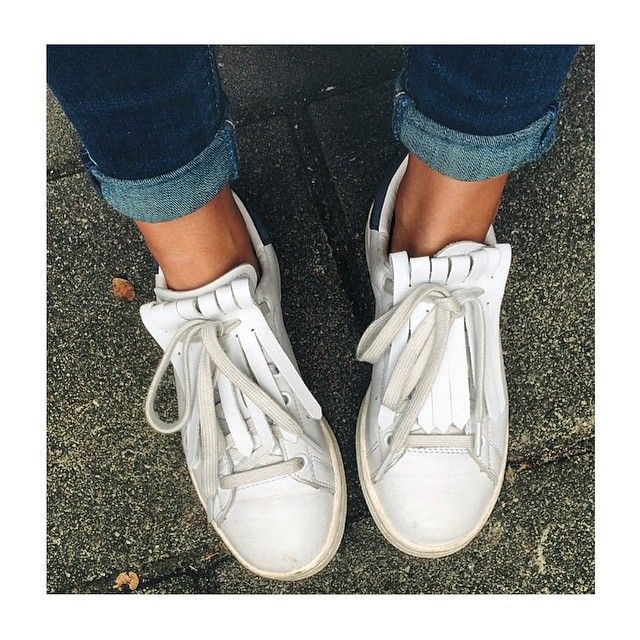 If I ever buy a pair of stan's I def wanna spice them up with fringe!