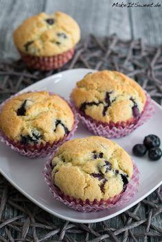 Rezept für einfache Blaubeermuffins bzw. Heidelbeermuffins.