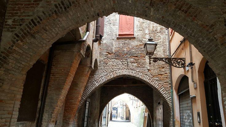 Via delle Volte. Ferrara