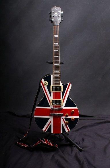 Union Jack guitar ♫ ♪ ♫