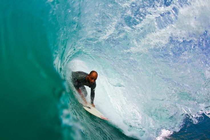 Tubes @ Coxos beach. Edgar Nozes surfing from backside. Photo by Ricardo Bravo
