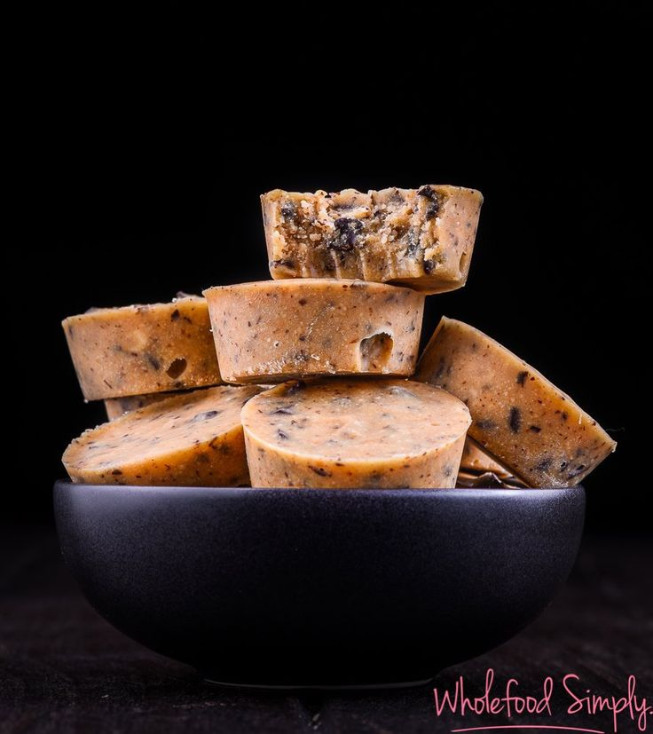 Mix & Make Choc Chip Caramel Fudge.  Quick, simple and delicious!  Free form gluten, grains, dairy, eggs and refined sugar.  Enjoy!