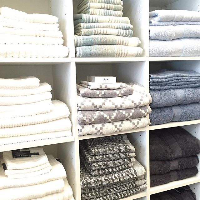 a little afternoon fluff'n'fold distraction from actually achieving anything noteworthy on a Monday.  #mondayitis #towels #pfaffing #bath #thebedspreadshop