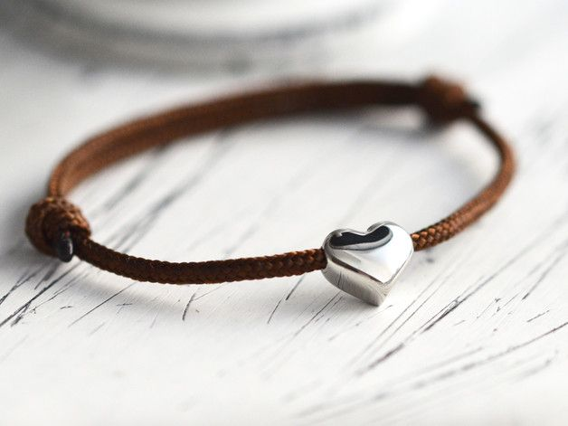 Wunderschönes Armband mit Herzanhänger für Verliebte / cute bracelet with heart pendant made by BraceletBlvd via DaWanda.com