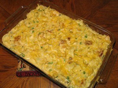Mommy's Kitchen: Creamy Chicken Noodle Bake