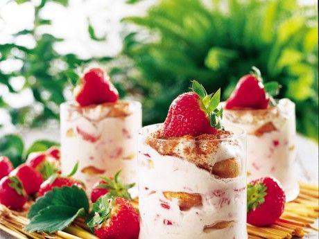 Jordgubbsmousse på italienska - Recept - Efterrätt och dessert | Allt om Mat