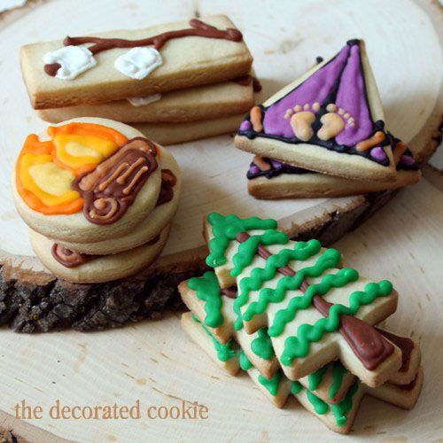 Enjoy some cute cookies the next time you are going camping. #camping #RVing #cookies