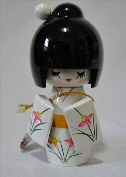 Kawaii Kokeshi  -------- #japan #japanese #kokeshi