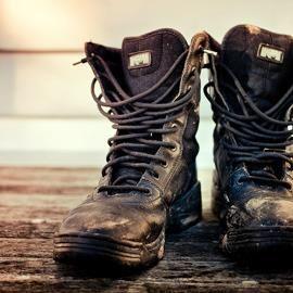 Особенности конструкции и фасона мужская обувь кожаная