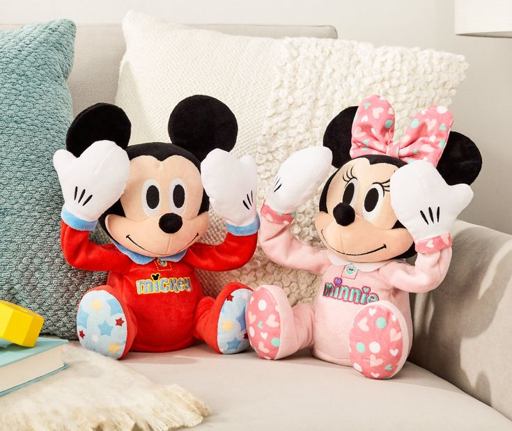 Mickey Mouse & Minnie Mouse Peek-A-Boo plush toys. Your little bundle of joy will love to play peek-a-boo with Mickey Mouse and Minnie Mouse! Press Mickey or Minnie's foot to activate soothing music and adorable Peek-A-Boo hand motions! They are made with super soft and cuddly fabrics your little one will love snuggling up to. Peek-A-Boo Plush Mickey or Minnie are the perfect gift to brighten your baby's day! Mickey & Minnie toys are sold separately. Ages 9 months +. #MickeyMouse…