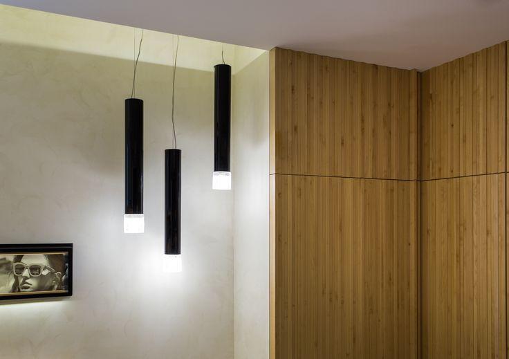 XYZ Arquitectos Associados - Óptica Médica Rogério - Marco de Canaveses - Portugal - interior design - optical store - Smoke pendant light Vistosi