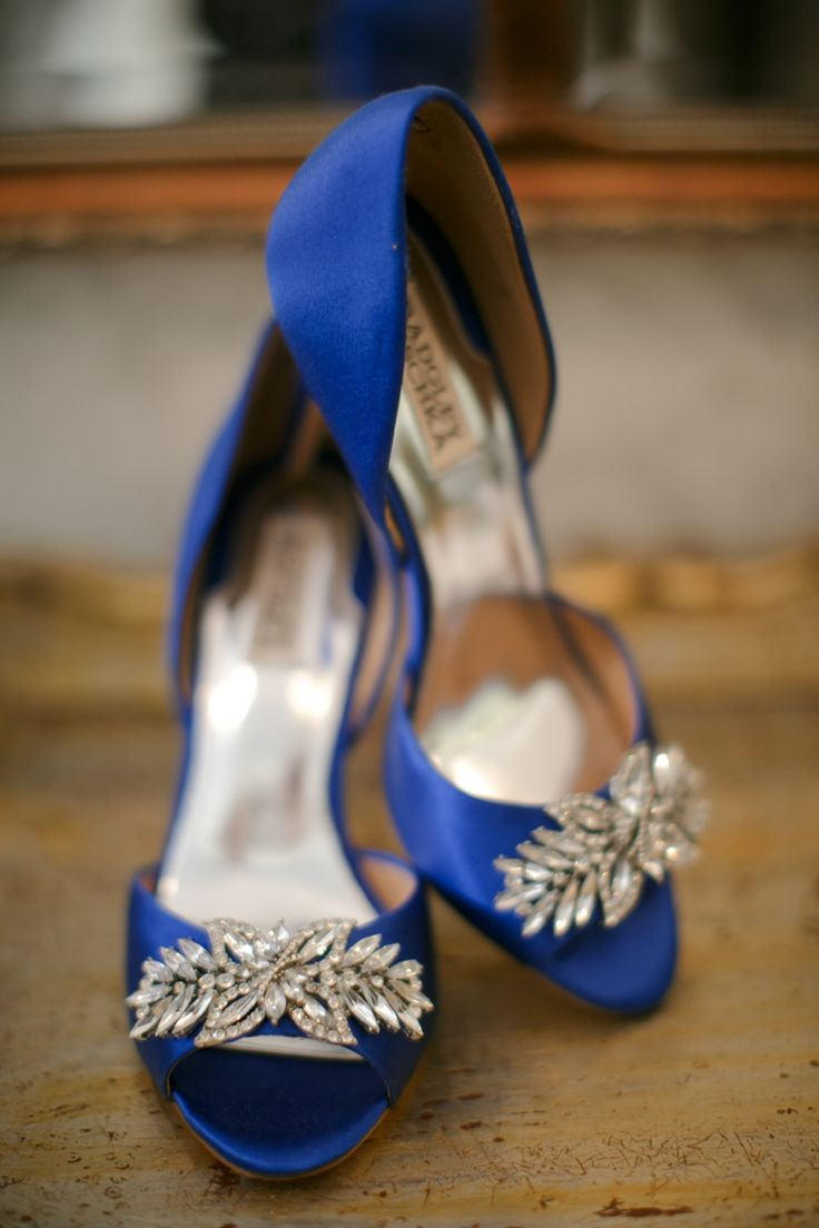 Cobalt blue Badgley Mischka wedding shoes // photo by BrittRene Photo, see more: http://theeverylastdetail.com/cobalt-blue-spanish-inspired-wedding/