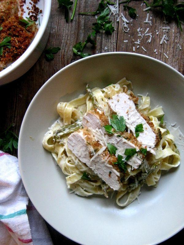 Parmesan Chicken & Creamy White Wine Pasta http://www.juliascuisine.com/home/parmesan-chicken-creamy-white-wine-pasta