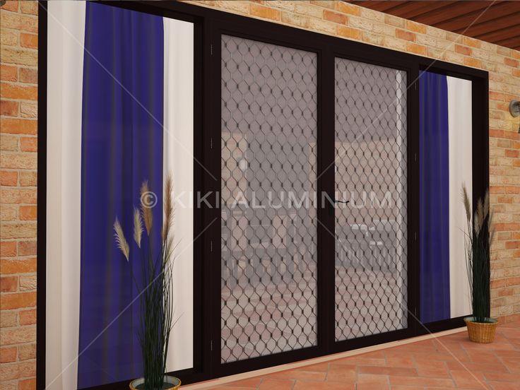 Pintu Swing Expanda dengan amplimesh expanda dan kawat nyamuk; Finishing profil aluminium anodized black