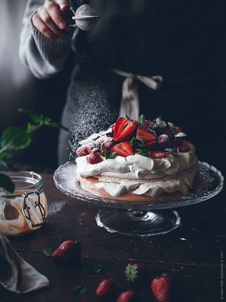 Söt och syrlig sommartårta