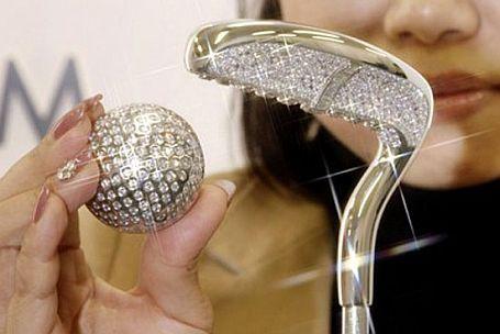 WEB LUXO - Jóias: Joalheria fabrica bola e taco de golfe de platina e diamantes