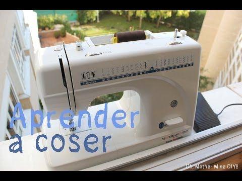 Aprender a coser 1. Los elementos de nuestra máquina de coser - http://ayudaparamanualidades.com/aprender-coser-1-los-elementos-de-nuestra-maquina-de-coser_225/ #Coser, #Costura, #MáquinaDeCoser