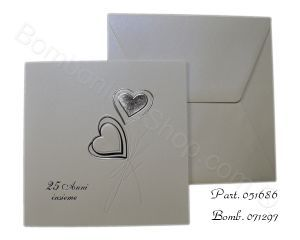 25th wedding anniversary invitations with silver foiled hearts. Elegant and pretty italian #party #invitation #25 #silverwedding #anniversary http://www.bombonierashop.com/en/department/11/Gold-and-Silver-Wedding-Anniversary-Favours.html