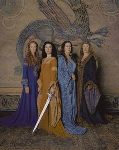 The Mists of Avalon: Morgause, Morgaine, Vivianne and Igraine - muss... film... gucken...arrgh