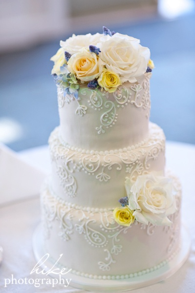 best tasting frosting for wedding cakes 107 best images about wedding cakes on wedding 11369