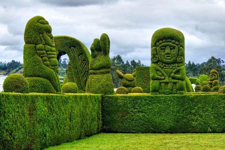 Topiary Garden Cemetery of Tulcan | Amusing Planet