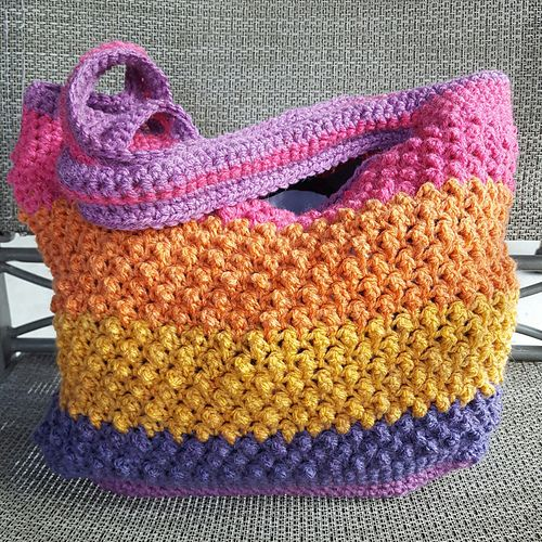 08-20-2016  I love this bag! This is the second one I've made.  The Caron Cakes worked very well with this bag. No changing colors, the yarn does it for you.  I followed the pattern as writte...