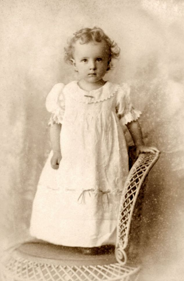 +~+~ Antique Photograph ~+~+  Precious girl