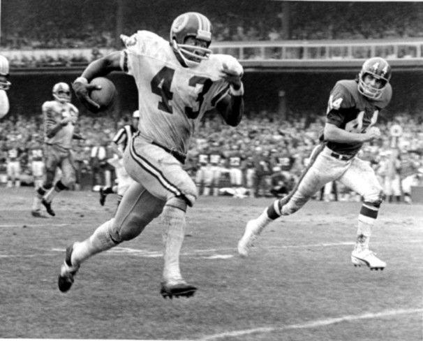 ... Larry Brown running to daylight . ... 1980s Larry Brown Washington  Redskins Jersey . 9f87f1970