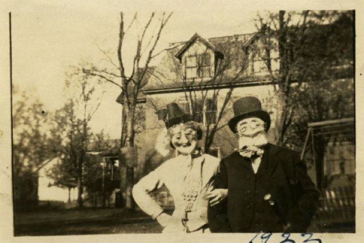 Creepy Halloween Costumes from the 1920's