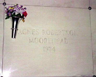 Agnes Moorhead grave