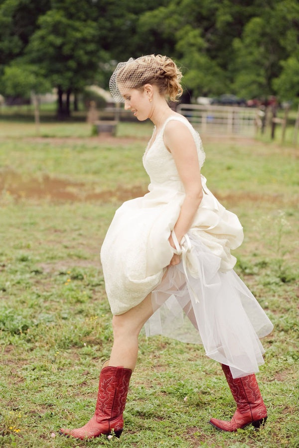 Bride with her boots on! Can I just say Grace!