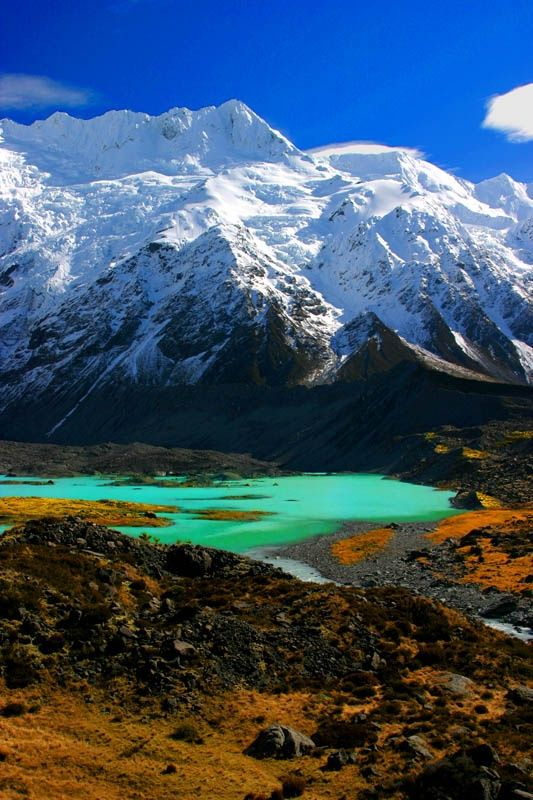 Spring in New Zealand's South Island. Watch Tower, a peak not far from Mount Cook, which is with its 3754m the highest peak in New Zealand. #Hobbit #Middle-earth