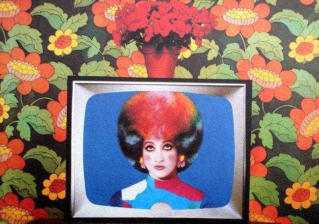 Pierre et Gilles - Photography & Painting - La télé couleur, Caroline Loeb, 1985