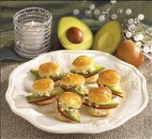 #Avocado Pear-Honey Pastry Rounds are a perfectly dainty dish to serve party guests. Recipe via @hassavocados