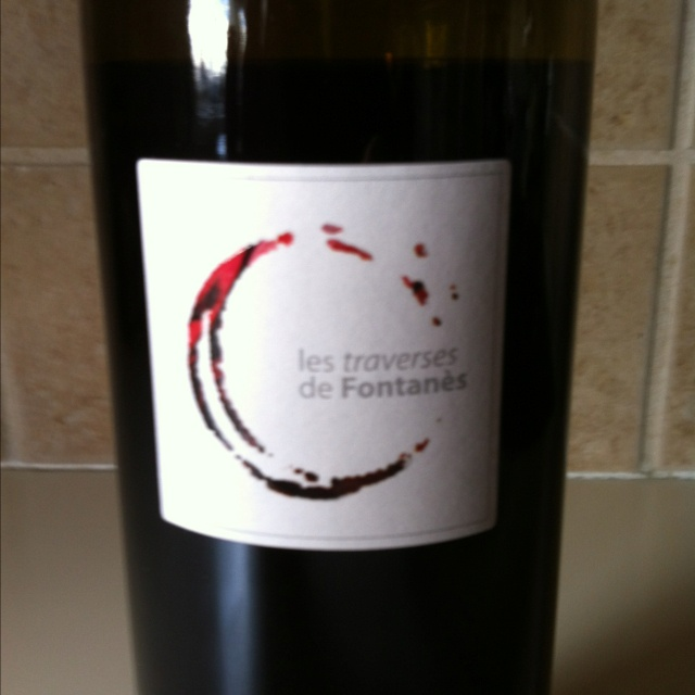 Les Traverses de Fontanes, 2009 great buy at around $10 from @WineLibrary  Cabernet Sauvignon from France, aged in stainless so less tanins but decent fruit.  Nice lighter red with good fruit, slight avid.