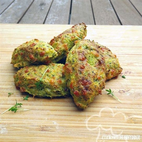 Leckere Low-Carb Brokkoli-Cheese-Nuggets