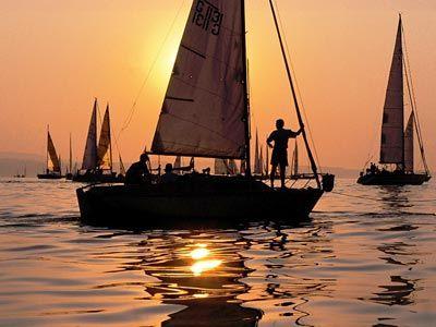 In den Sonnenuntergang segeln...Bodensee