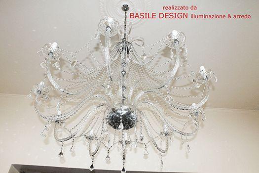 Mariateresa 10 luci finiture cromo Diametro 130 cm   Lampadario molto elegante adatto sia in ambienti classici che moderni realizzato per l'atelier sposa sorelle Panella
