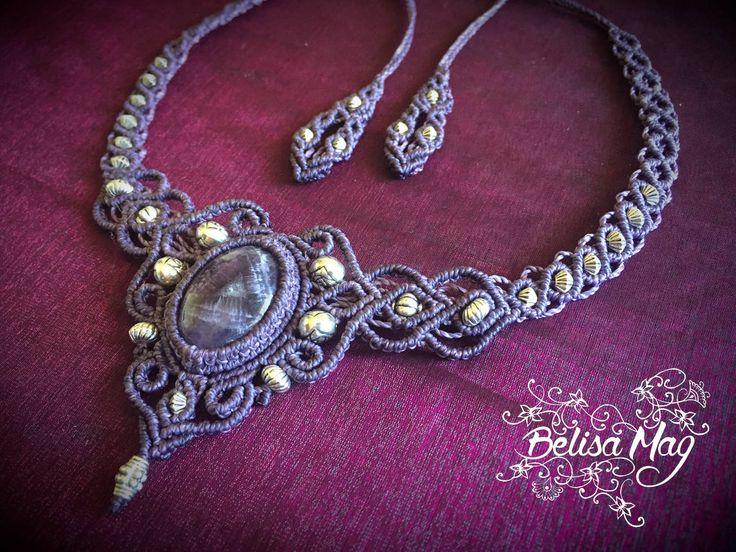 Collier en macramé mauve avec pierres semi précieuse métalliques, collier médiéval, collier de fée, collier bohème, collier améthyste. de la boutique BelisaMag sur Etsy
