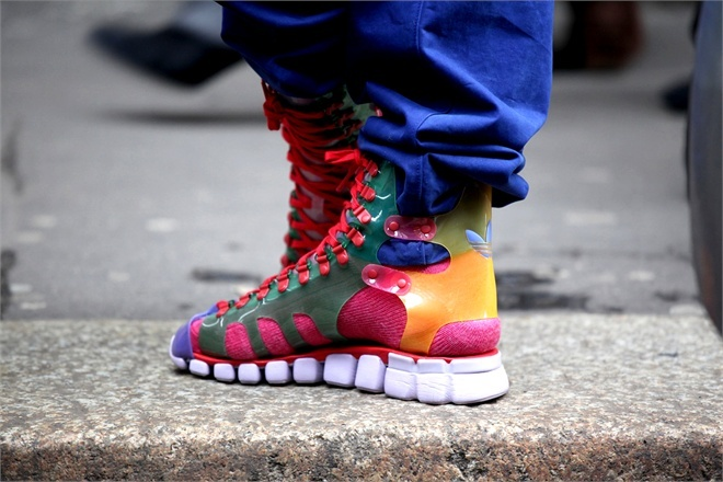 Sneakers - Vogue.it