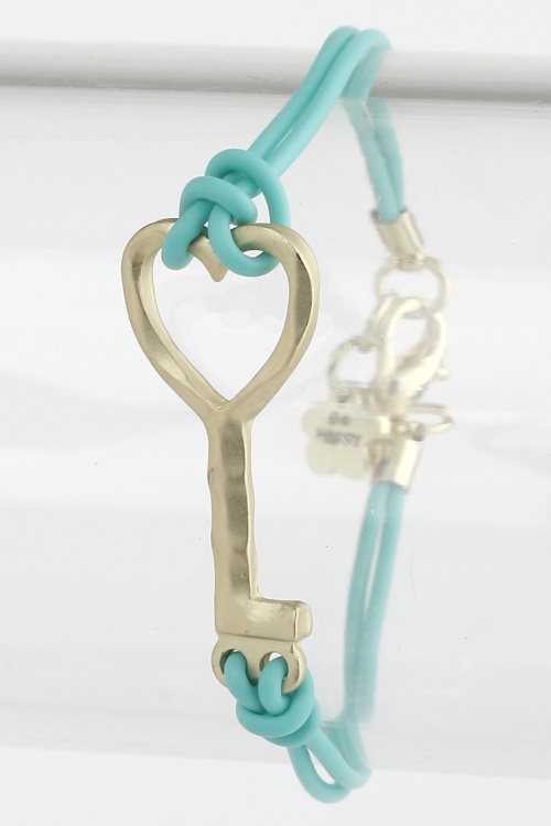 """Fullertalia Key Bracelet From: $44.95 $10 *Sale price ends on September 5th Our best seller, inspired by """"The Fullertalia Collection"""" Unique, yet simple design – our metal key bracelets are widely known. Hand-made metal keys roped with fabric, accented by turquoise and brushed gold, a must have for many of our customers. http://trendysaver.com/shop/metal-key-bracelet#"""