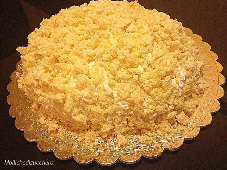 Questa è la torta mimosa che ho preparato lo scorso 8 marzo, ero incintissima di una bella femminuccia